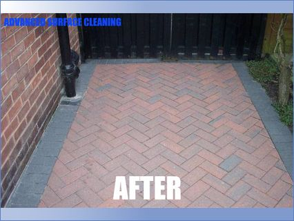 Block paving after rotary jet cleaning