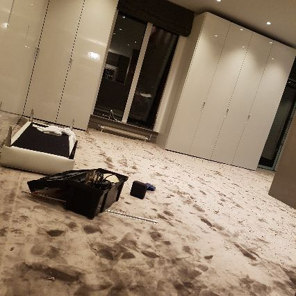 silk carpet and fitted for this room