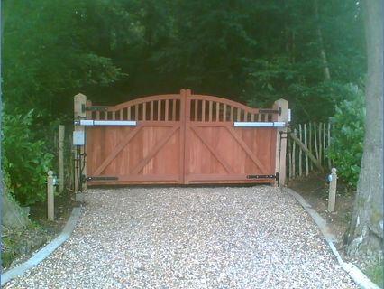 Wooden Posts  Driveway Gates with Automa