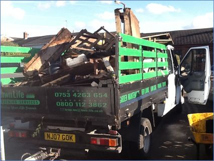 Waste removal by Lawn Life