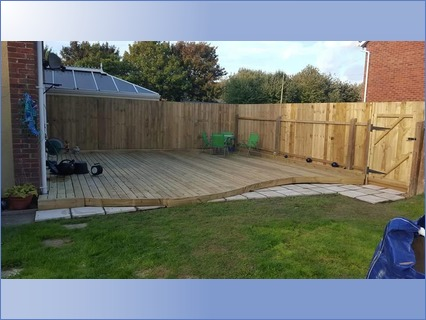 featheredge fencing and decking