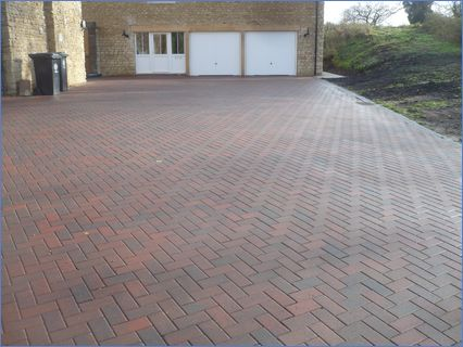 Large drive, Titchmarsh over 450 m2